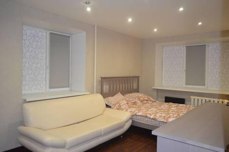 Сдается 1-комнатная квартира посуточно в Череповце, Московский проспект 50 квартира 60.