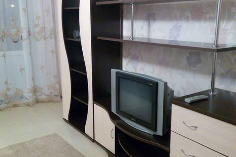 Сдается 2-комнатная квартира посуточно в Великом Новгороде, Великолукская улица д.15.
