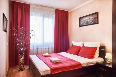Сдается 2-комнатная квартира посуточно в Магнитогорске, улица Сталеваров, 15/3.