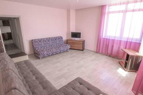 Сдается 2-комнатная квартира посуточно в Красноярске, улица Авиаторов, 47.