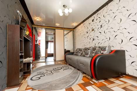 Сдается 2-комнатная квартира посуточно в Новокузнецке, Транспортная улица, 75.