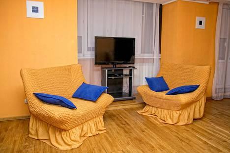 Сдается 3-комнатная квартира посуточно в Нижнем Новгороде, улица Советская, 14.