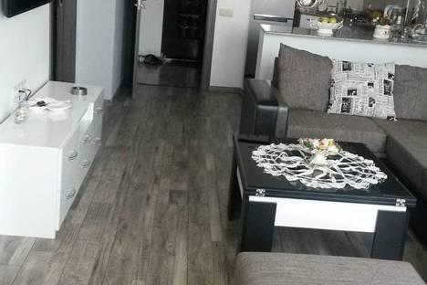 Сдается 2-комнатная квартира посуточно в Батуми, Batumi, Zurab Gorgiladze Street, 118.