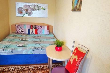 Сдается 1-комнатная квартира посуточно в Челябинске, улица Кирова, 167.