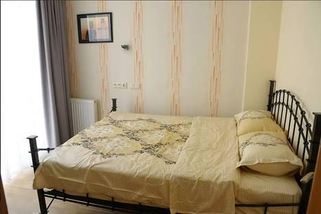 Сдается 3-комнатная квартира посуточно, Tbilisi, Besik Street, 4.