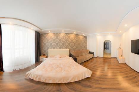 Сдается 1-комнатная квартира посуточно, улица Мелик-Карамова, 4.