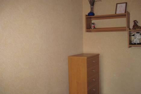 Сдается 2-комнатная квартира посуточно в Евпатории, улица Кирова, 82.