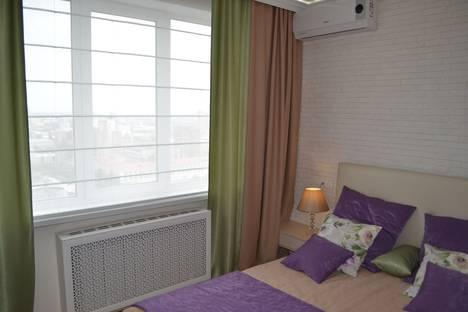 Сдается 1-комнатная квартира посуточно в Воронеже, улица Куколкина 11.