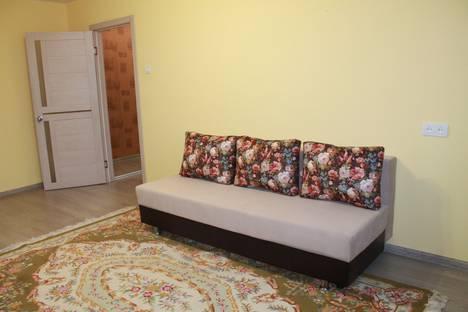 Сдается 2-комнатная квартира посуточно в Хабаровске, Кооперативная улица, 5.