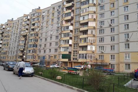 Сдается 2-комнатная квартира посуточно в Батайске, ул.Коммунистическая 197а корп 1.
