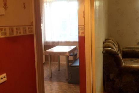 Сдается 1-комнатная квартира посуточно в Южноуральске, улица Советской Армии, 15.