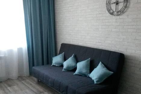 Сдается 1-комнатная квартира посуточно в Новочебоксарске, улица Советская, 45.