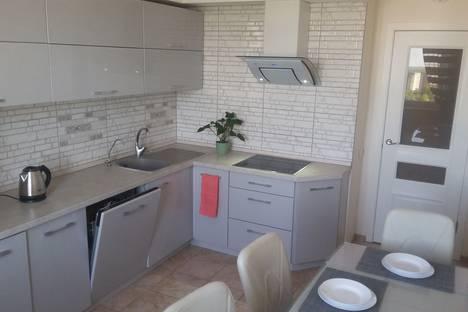 Сдается 3-комнатная квартира посуточно в Калининграде, улица Елизаветинская, 9.