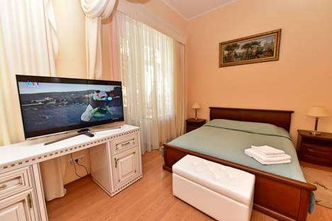 Сдается 1-комнатная квартира посуточнов Ялте, набережная Ленина, 21.