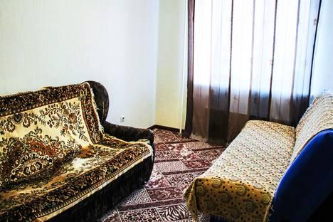 Сдается 3-комнатная квартира посуточно в Абакане, проспект Дружбы Народов, 39а.