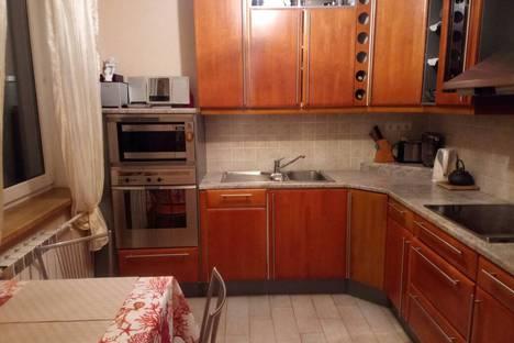 Сдается 4-комнатная квартира посуточно в Москве, улица Сокольнический Вал, 8.