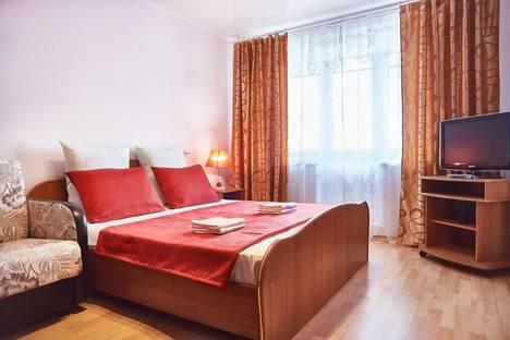 Сдается 1-комнатная квартира посуточно в Магнитогорске, улица Завенягина, 9.