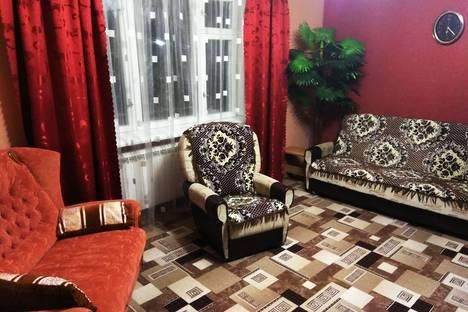 Сдается 1-комнатная квартира посуточно в Ялте, улица Цветочная, 4.