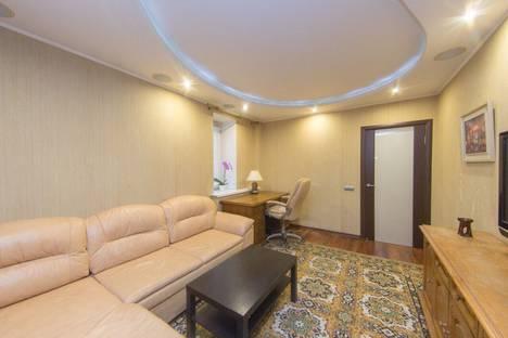 Сдается 3-комнатная квартира посуточно в Красногорске, ул Егорова д5.
