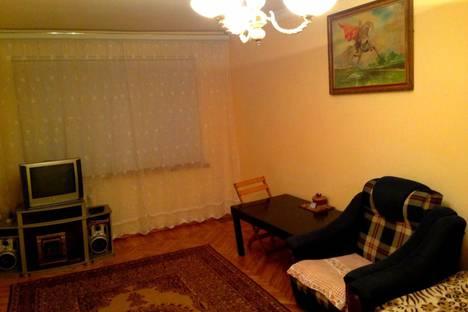 Сдается 2-комнатная квартира посуточно во Владикавказе, проспект Коста.
