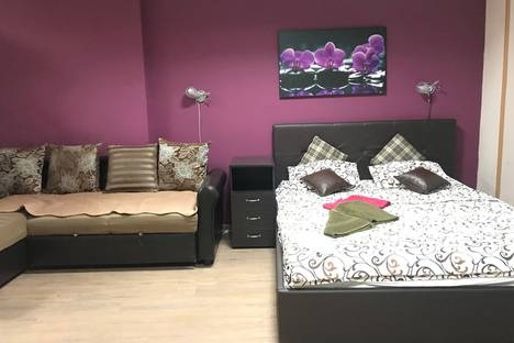 Сдается 1-комнатная квартира посуточно, Шараповский проезд, владение 2 строение 3.
