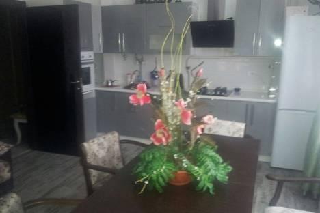 Сдается 2-комнатная квартира посуточно в Ростове-на-Дону, проспект Михаила Нагибина 41/1.