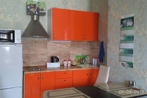 Сдается 1-комнатная квартира посуточно в Сочи, улица Параллельная, 9.