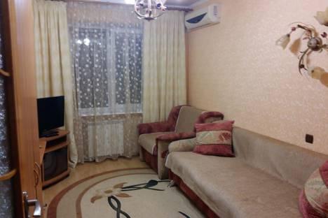 Сдается 1-комнатная квартира посуточно в Бердянске, Бердянськ, вулиця Центральна, 22.