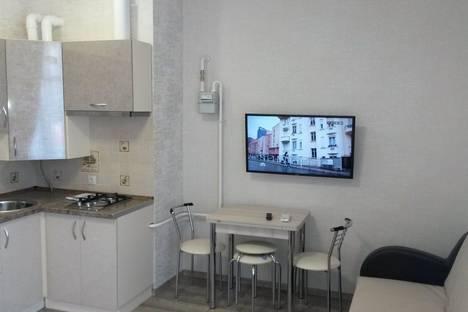 Сдается 1-комнатная квартира посуточно в Сочи, улица Волжская, 77.