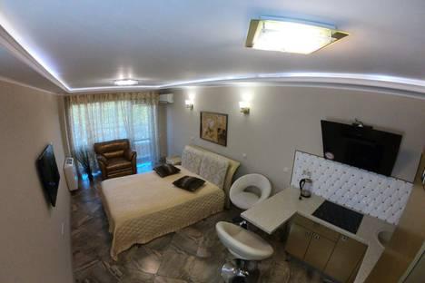 Сдается 1-комнатная квартира посуточно в Сочи, улица Несебрская 14.