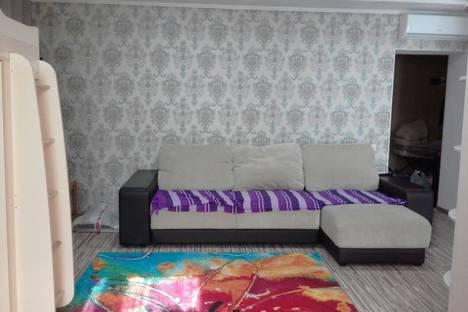 Сдается 1-комнатная квартира посуточно, улица Базарова, 10.