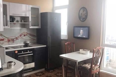 Сдается 2-комнатная квартира посуточно, переулок Горького, 18.