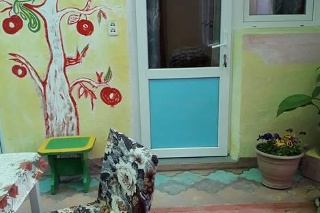 Сдается комната посуточно в Николаевке, Зеленая улица, 2.