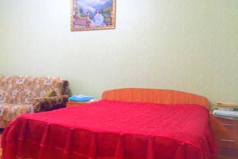Сдается 2-комнатная квартира посуточно в Курске, проспект Вячеслава Клыкова, 73.