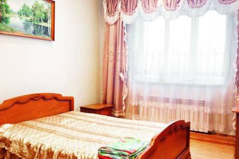 Сдается 2-комнатная квартира посуточно в Курске, 50 лет Октября улица, 91.