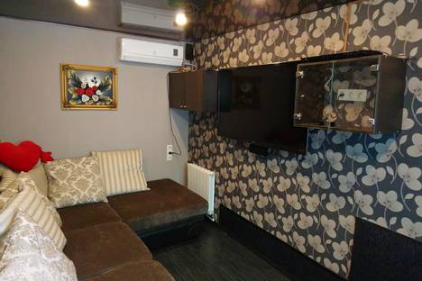 Сдается 2-комнатная квартира посуточно в Адлере, Большой Сочи, Медовая улица, 13.