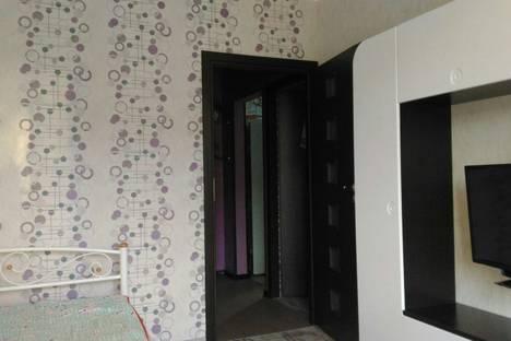 Сдается 2-комнатная квартира посуточно в Алуште, ул.Ялтинская, 14.