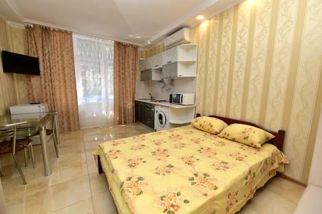 Сдается 1-комнатная квартира посуточнов Ялте, Партизанский переулок, 2.