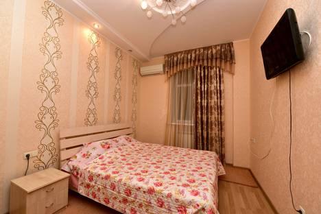 Сдается 1-комнатная квартира посуточнов Ялте, улица Киевская, 10.