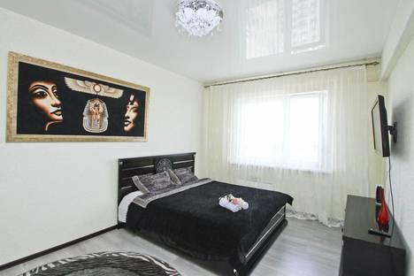 Сдается 1-комнатная квартира посуточно в Сургуте, Университетская улица, 41.