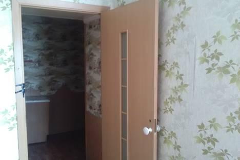 Сдается 2-комнатная квартира посуточно в Туле, улица Макаренко, 15.