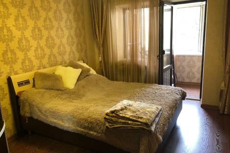 Сдается 3-комнатная квартира посуточно в Сочи, улица Павлова, 91Б.