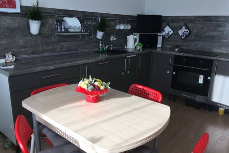 Сдается 2-комнатная квартира посуточно в Янино-1, столична 4 2 кудрово.