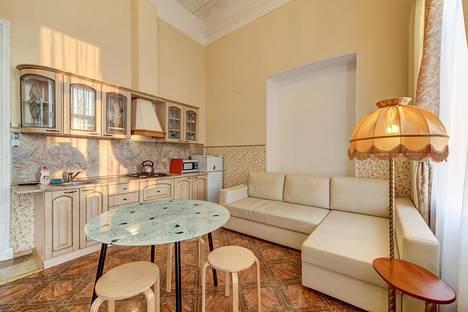 Сдается 2-комнатная квартира посуточно в Санкт-Петербурге, Английская набережная, 24.