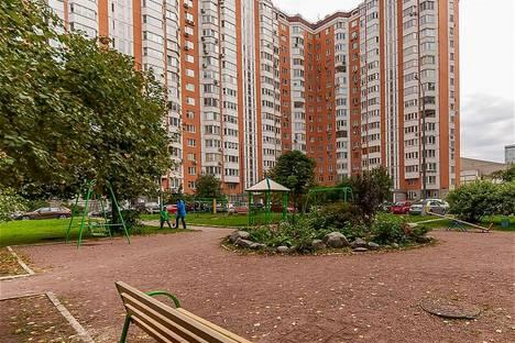 Сдается 1-комнатная квартира посуточно в Москве, Академика Анохина д5 корп4.