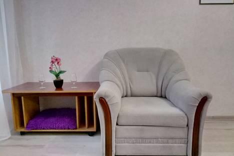 Сдается 1-комнатная квартира посуточно в Одессе, Одеса, вулиця Генерала Петрова, 13.