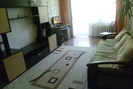 Сдается 2-комнатная квартира посуточно в Ейске, улица Пионерская, 2б.