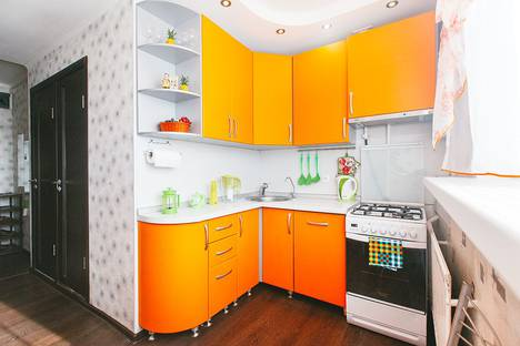 Сдается 2-комнатная квартира посуточно в Новом Уренгое, Интернациональная улица, 3.