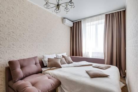 Сдается 2-комнатная квартира посуточно в Ростове-на-Дону, Соборный переулок, 90.