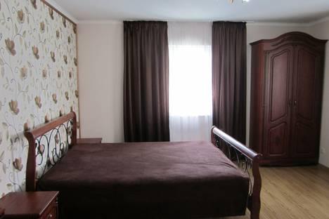 Сдается 1-комнатная квартира посуточно в Судаке, Ленина 30.
